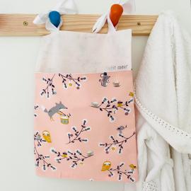 Range doudou pyjama les souris et oiseaux rose
